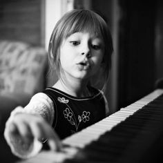 The Music Teachers Network offers top private piano lessons for kids in your home. Trust your private piano lessons for children to our patient and proven piano teachers. Piano Lessons For Kids, Kids Piano, Le Piano, Music Lessons, Piano Music, Piano Photography, Cute Photography, Children Photography, Music For Kids