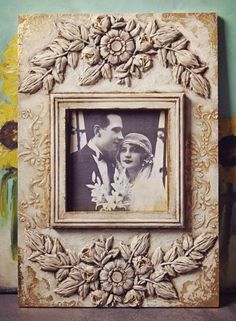 Painted Picture Frames, Hanging Picture Frames, Orchard Design, Picture Tree, Clay Art Projects, Iron Orchid Designs, Decoupage Vintage, Handmade Frames, Paperclay
