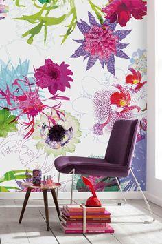 美しい花柄の大柄パネル。[Flower Festival フラワーフェスティバル]当店でも販売中です 。 http://item.rakuten.co.jp/diaadia/teci-321566/ [ディア・ディア] http://www.rakuten.ne.jp/gold/diaadia/   I am in  love with this wall!!