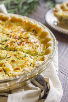 Cheesy Wild Rice Quiche - for breakfast using Canadian bacon, nutty wild rice and creamy, cheesy eggs all baked up in a buttery, flakey pie crust! Canadian Bacon, Canadian Food, What's For Breakfast, Breakfast Dishes, Quiche Recipes, Brunch Recipes, Vegetarian Recipes, Cooking Recipes, Good Food