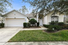 Highlands Reserve Golf Course Community -- 4 BR furnished pool/jacuzzi home - NO REAR NEIGHBORS