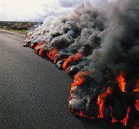 Image Result For Hawaii S Kilauea Volcano Erupts 2018 Burning Houses Volcano Kilauea Lava Flow