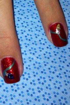 Twinkling Xmas light nail art!