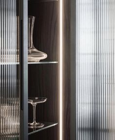 Once popular in the Art Deco era, fluted glass is making a big come back! Are you a fan? Glass Kitchen Cabinets, Glass Cabinet Doors, Glass Shelves, Bar Kitchen, Glass Doors, Cupboards, Reeded Glass, Cupboard Design, Art Deco