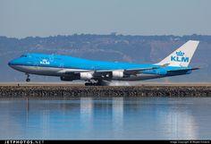 Boeing 747-406 PH-BFB 24000 San Francisco Int'l Airport - KSFO
