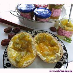 Rhabarber-Aprikosen-Konfitüre -  göttlich: unsere Rhabarber-Marmelade mit getrockneten Aprikosen vegetarisch vegan laktosefrei glutenfrei