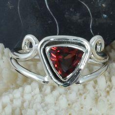 925 SOLID STERLING SILVER DESIGNER Garnet Cut FANCY RING 4.16g DJR9637 SIZE-7 #Handmade #Ring