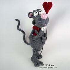 Roberto The Romantic Rat Amigurumi Pattern