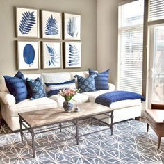 Recamier: know what it is and how to use it in decoration with 60 ideas - Home Fashion Trend Blue And White Living Room, Cream Living Rooms, Blue Living Room Decor, Blue Home Decor, Coastal Living Rooms, Living Room Color Schemes, Home Living Room, Living Room Designs, Living Room Furniture