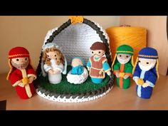 Christmas Nativity, Christmas Ornaments, Christmas Decorations, Holiday Decor, Decoupage, Quilling, Crochet Patterns, Crochet Hats, Diy Crafts