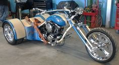 B - Dragon Trike - Malibu Motorcycle Works Custom Trikes, Custom Choppers, Custom Motorcycles, Dirt Bike Girl, Girl Motorcycle, Motorcycle Quotes, Harley Davidson Trike, Drift Trike, Sebastiao Salgado