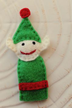 The other day I was thinking of ways to fill Abe's advent boxes and decided to design some felt finger puppets. His aunt knitted him a . Glove Puppets, Felt Puppets, Felt Finger Puppets, Sunshine Holidays, Happy Holidays, Diy Projects Handmade, Felt Monster, Polymer Clay Kawaii, Softie Pattern