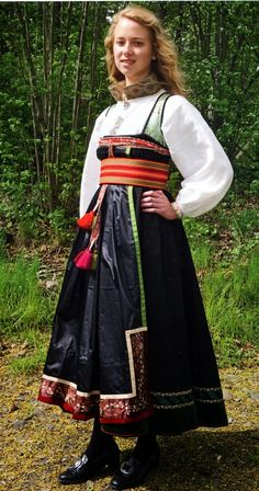 Amazing People, Good People, Summer Outfits Women, Historical Costume, Norway, Scandinavian, Apron, All Things, Diva