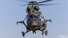 The Aviationist » Polish Mi-8 and W-3 helicopters train with Canadian Army's mechanized company during joint drills
