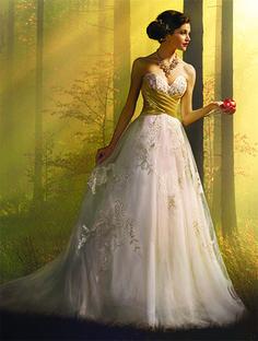 Alfred Angelo Snow White Style 256: ball gown wedding dress with cummerbund waistline and lace details