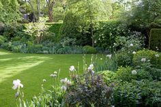 Lauschige grüne Oase - Christa Hasselhorst: Faszination Grüne Gärten ©Marion Nickig