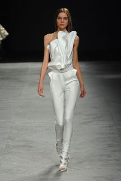 Givenchy Spring 2008 Couture - Collection - Gallery - Style.com