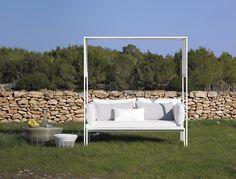 Get inspired! Aram by Gan #interiortime #interiordesign #interior #interiors #house #home #design #architecture #decor #homedecor #decor #casa #decoración #diseño #interiorismo #decoration