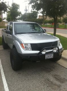 painted the front grill piece - Nissan Frontier Forum