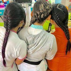 3 de las #estilistas de #colorin #peluqueria quisieron mostrar sus #bellas #trenzas los esperamos en Av.Libertadores torres del parque y Santa Lucía  #trança #braids #tresses #hair