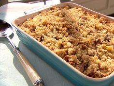 Trisha Yearwood's Thanksgiving Recipes  (Finally! Maria's Southern Dressing recipe...)