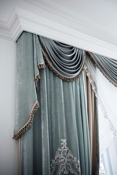 Italian Craftmanship - Luxury curtains made in Italy Luxury Curtains, Home Curtains, Curtains With Blinds, Window Curtains, Swag Curtains, Classic Curtains, Elegant Curtains, Window Coverings, Window Treatments