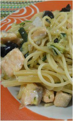 Spaghetti al salmone con zucchine e gorgonzola #spaghetti #salmone #zucchine #ricettegustose