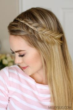 I've been seeing this stacked fishtail and mini braid combo everywhere! Since it's always in the back of my mind I thought it'd be fun to share how I would style it. Headband braids are such a great way to add a little something extra…