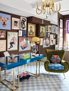 Inside Jonathan Adler and Simon Doonan's Glitz West Village Makeover Inside Jonathan Adler and Simon Doonan's Glitz West Village Home Makeover – Tour the Home Elle Decor, New Living Room, Living Room Decor, Small Living, Living Spaces, Home Office Inspiration, Office Inspo, Design Inspiration, Design Ideas