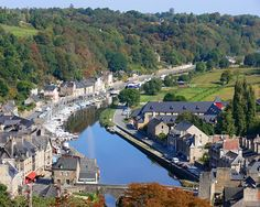 The Traditional Funeral Food Superstitions and Customs of France's Brittany Region