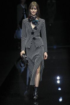 The complete Emporio Armani Fall 2017 Ready-to-Wear fashion show now on Vogue Runway.