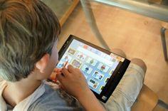 El psiquiatra Dr Fuentes crea habla electrónica para niños con TEA