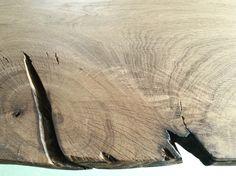 Wooden tabletop details #oak #oakwood #wood #woodentable #table #woodentabletop #knot #nature