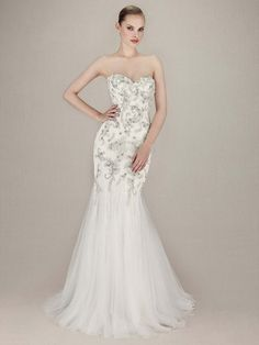45a95605 2016 Enzoani, Kerianna, Front View Size 12 Ivory with beaded embroidered  lace and a