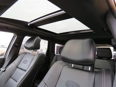 2014 Jeep Grand Cherokee Overland panoramic sunroof...  Awesome!