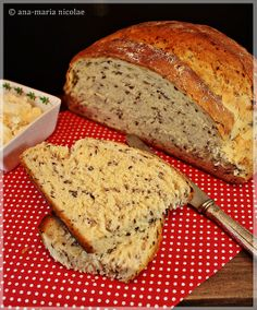 Paine cu iaurt si seminte de in | Flickr - Photo Sharing! Barley Recipes, Banana Bread, Desserts, Food, Tailgate Desserts, Deserts, Essen, Postres, Meals