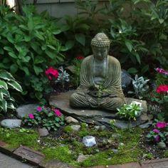 New garden zen meditation buddhism Ideas Small Japanese Garden, Japanese Garden Design, Zen Garden Design, Garden Art, Garden Plants, Fairy Gardening, Flower Gardening, Ulsan, Meditation Garden