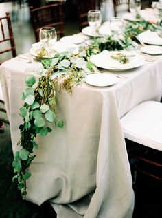 La Tavola Fine Linen Rental: Tuscany Natural | Photography: Jacque Lynn Photography, Venue: La Caille, Floral, Wedding Planning, and Event Design: La Fete