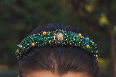 https://www.etsy.com/listing/462152484/beaded-headband-with-emerald-and-gold?ref=shop_home_active_23
