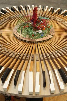 piano recycled | Art at the Landfill: Reuse With a Creative Twist by Jon Derman Harris