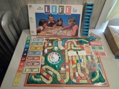 100% Complete Life Board Game Classic 1979 Version **w/*Money Tray 70s same 1977