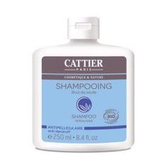 El champú anticaspa de Cattier previene la irritación y la caspa en el cuero cabelludo, limpiándolo en profundidad y calmándolo. Es rico en proteínas de trigo para nutrir y fortalecer el cabello, y contiene aceites esenciales y agua floral de lavanda...