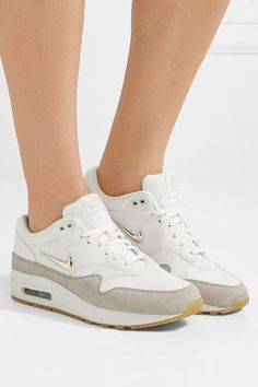 Rubber sole measures approximately 20mm/ 1 inch White leather, beige suede Lace-up front Nike follows its own size conversion, therefore the size stated on the box will differ from the one provided in our conversion chart. To receive your correct fit, please refer to Size & Fit notes