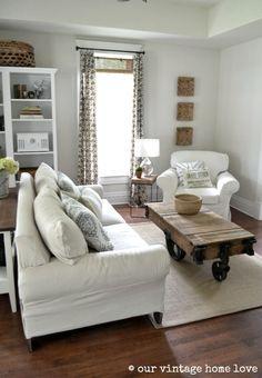 31 Stunning Small Living Room Ideas | Sliding glass door, Small ...