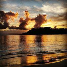 Never stop dreaming! Thanks to @elziebell on Instagram for sharing with us. #carlislebayantigua #carlislebay #clouds #cloud #skies #travel #ocean #caribbean #view #beautiful #reflection #sunset #sunsets #antigua #antiguaandbarbuda