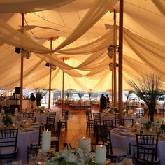 #fabricdraping #ceilingtreatment #ceilingdecor #fabric #voile #wedding #sperrytent #elegance #style #luxury #capecod #swags #rigging #mylifeintheair #eventdecor #event #resort Fabric Designer: #christinemccaffery (of #c2mdesigns ) freelancing with @ormondeproductions