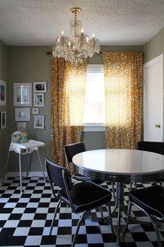The Haack family dining room (bethanynauert.com)