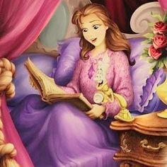 Buonanotte lettori!! Che libro vi fa compagnia sotto le coperte?  #buonanotte #goodnight #Disney #belle #princessbelle #libri #lettori #lettura #leggere #bookstagram #books #reader #read #reading #book #instalibri #instalike #like #bookaddict #booklover #bookworm #bookporn #girl #amoleggere #igram #insta #instabook #instafamous #followme