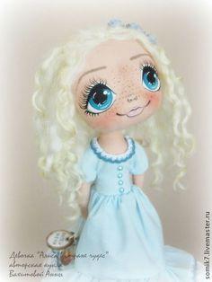 """Малышка """"Алиса в стране чудес"""" по фильму Т.Бертона - коллекционная кукла"""