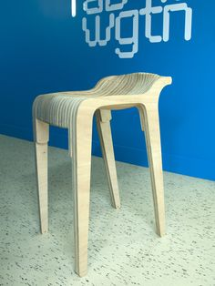 Layer stool by Nick Graham - finito